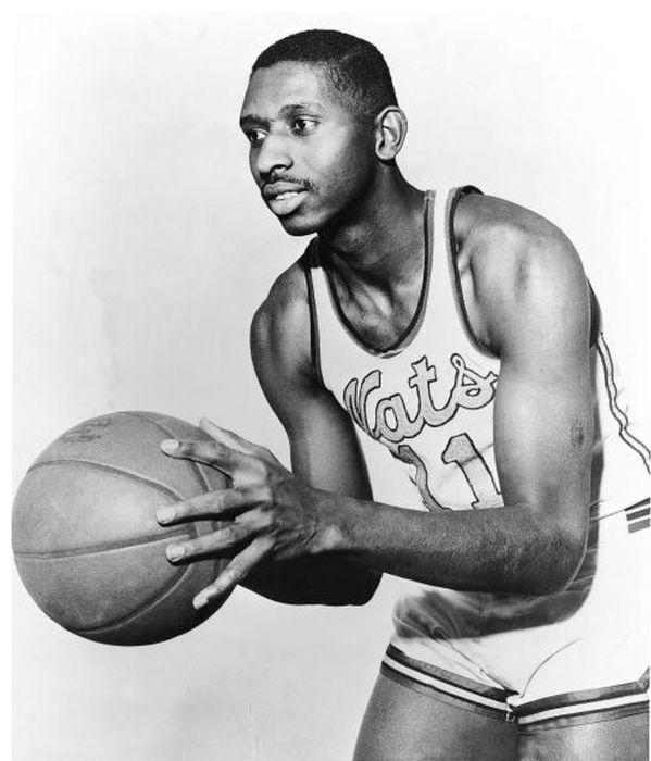 El jugador de la NBA, Earl Lloyd.