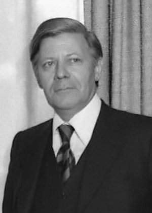 <p>El excanciller alemán Helmut Schmidt (Hamburgo, 1918), en una imagen de 1975.</p>