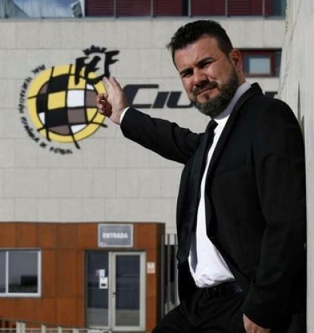 <p>Miguel Ángel Galán, ex entrenador de fútbol y actual director de la escuela CENAFE.</p>