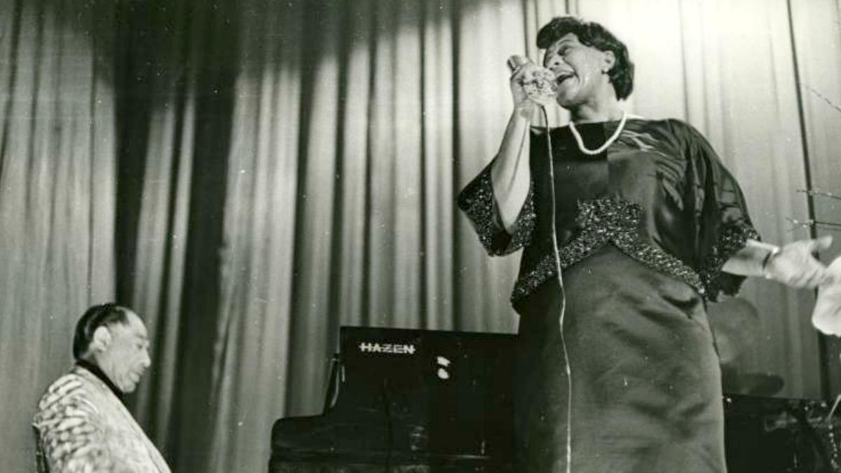 <p>Ella Fiztgerald y Duke Ellington. Febrero de 1966. El Duque y Ella, dos gigantes de la historia del jazz, en el concierto que dieron juntos en Madrid.Expuesta en<em>Una crónica del jazz en Madrid</em>.</p>