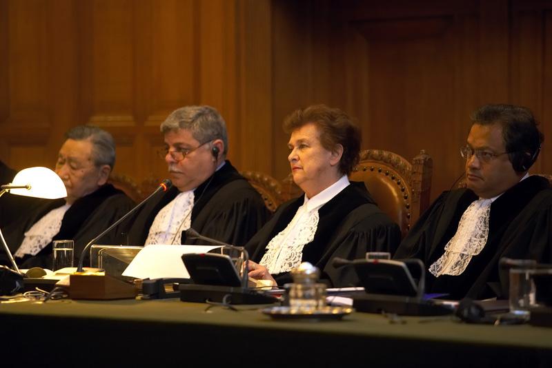 <p>Audiencia pública de la Corte Penal Internacional en abril de 2006</p>