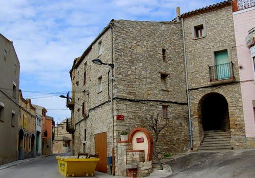 <p>Vista de Montmaneu, uno de los pueblos sin agua potable</p>