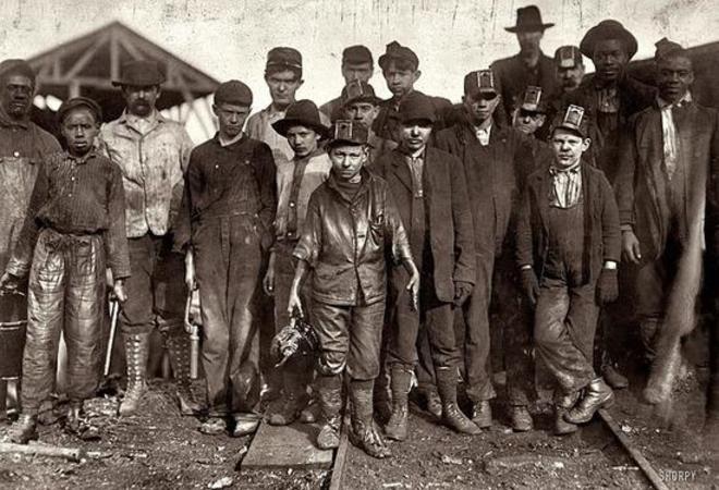 <p>Trabajadores de la mina Bessie, Birminghan.</p>